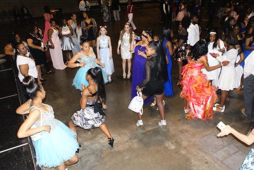 Junior High Afro-Ball