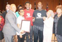 Robert Easter Jr. professional boxer honored | The Toledo Journal